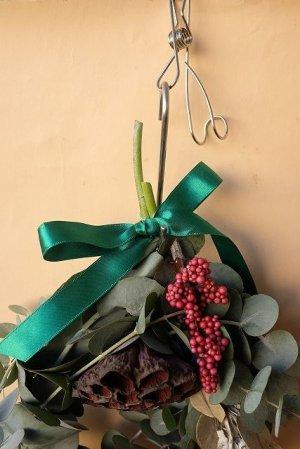 画像2: Dry plants for decor ユーカリクリスマスアレンジ用オブジェ(壁掛けタイプ)